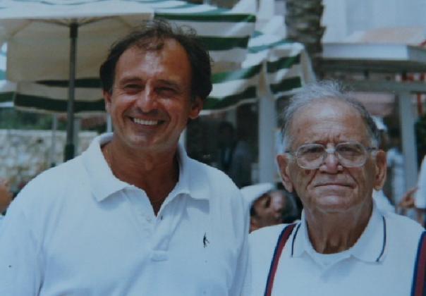 """Charley Draï avec son père Raymond ( Zal) pour la Bar Mitsva de Grégory en Israël en en 1973"""""""