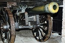 220px-Cannon,_Château_du_Haut-Koenigsbourg,_France